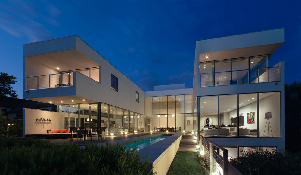 Sound Structures Recieves Award of Merit for Hinsdale Modern Residence